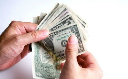 """怎么理解""""会花钱的人才会赚钱""""这句话"""